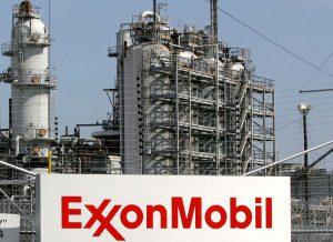 Exxon_Florida_1540312459333